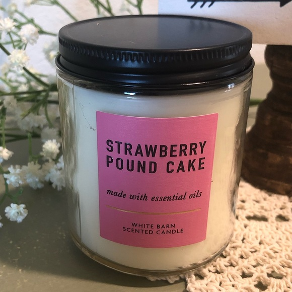 NEW single wick candle from Bath and Body Works